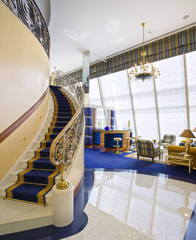 Burj_Al_Arab_-_Club_Suite.jpg