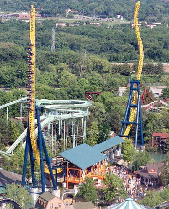 Velocity Vertical, Six Flags, Chicago