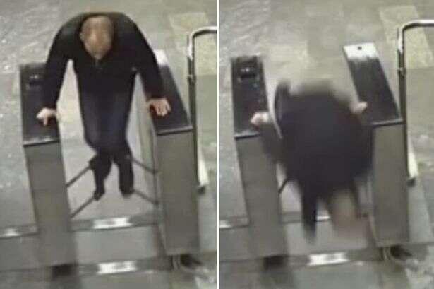 Zossima Sozonov caiu de cara no chão ao saltar em máquina de bilhetes