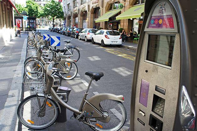 Vélib' bikesharing station, Paris