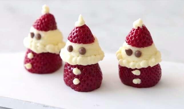 Veja como preparar um morango de Natal