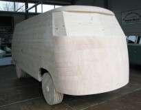 Montadora cria Kombi em tamanho real feita de pão de mel