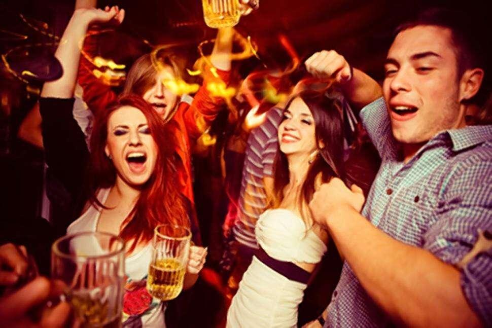 Facebook trabalha em ferramenta que impede pessoas bêbadas de publicarem fotos