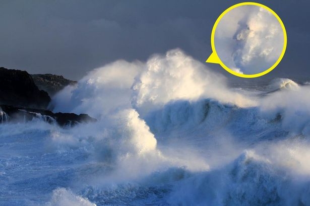 Internautas veem rosto de Deus em imagem de tempestade