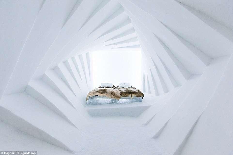 Hotel de gelo comemora sua 25ª temporada