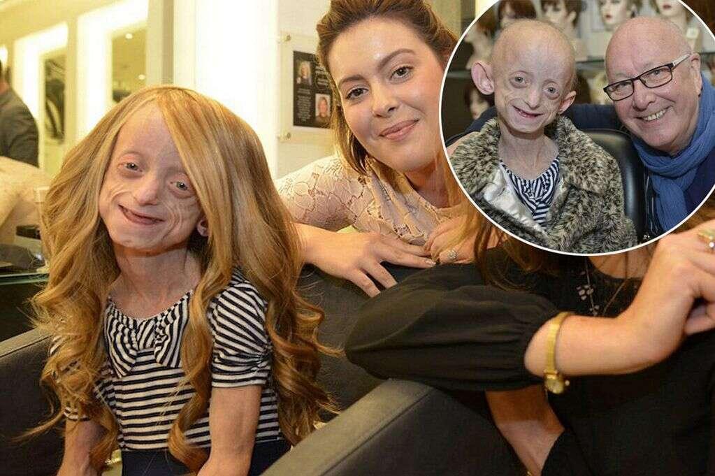 Menina com doença terminal realiza sonho ao ganhar peruca loira