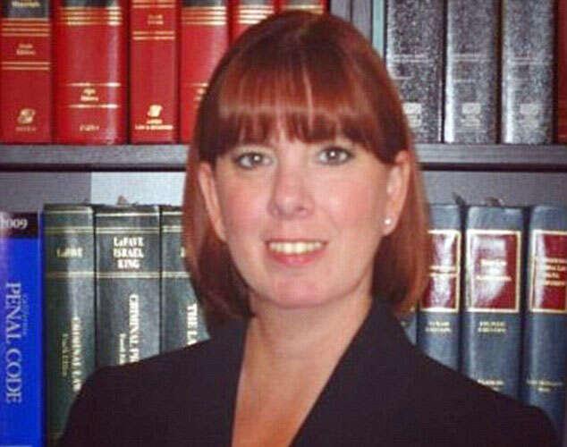 Advogada teve relações íntimas com preso