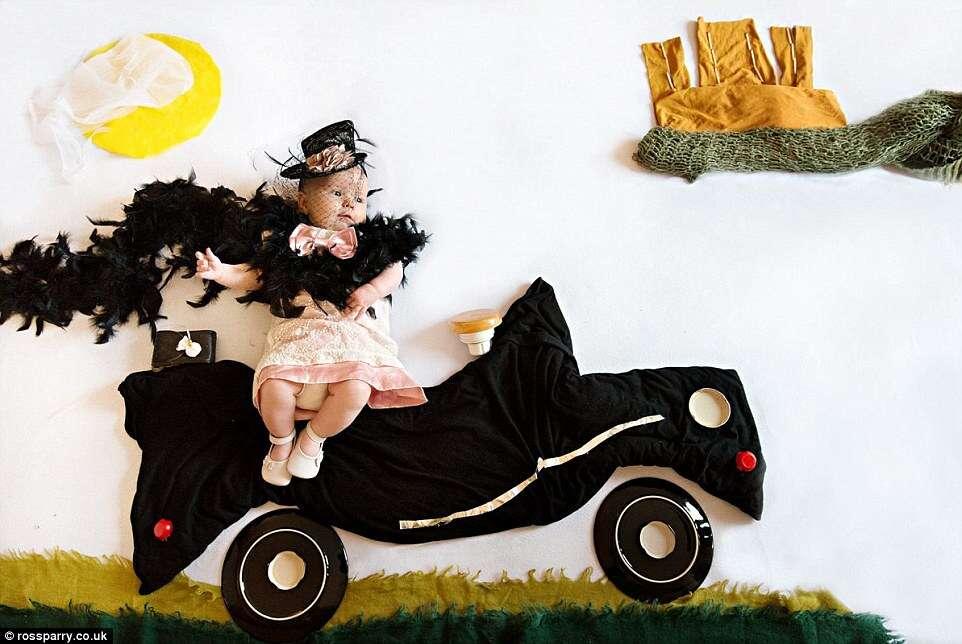 Série de imagens de bebês  como se vivessem em épocas passadas