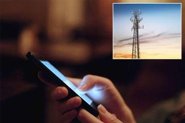 Padre instala em igreja dispositivo que bloqueia sinal de celular para evitar ligações durante funerais