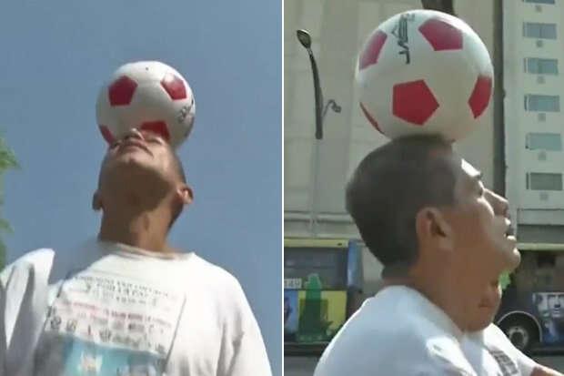 Homem caminha com bola de futebol na cabeça durante 56 dias em sinal de protesto