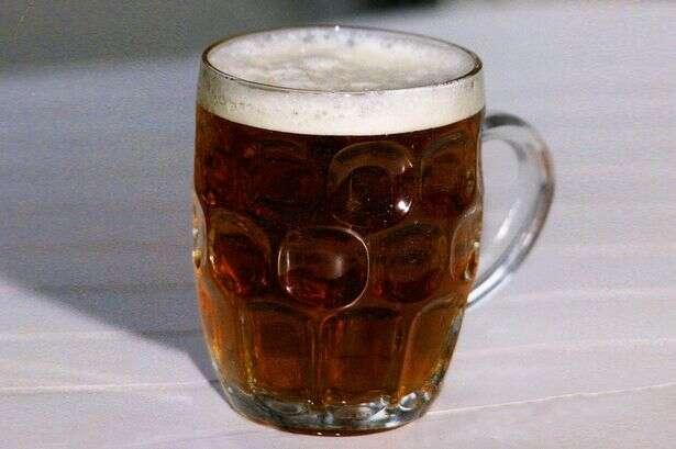 Beber meio litro de cerveja por dia ajuda a prevenir doenças cardíacas, revela pesquisa