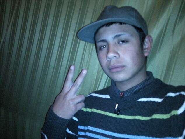 Jovem de 20 anos atira na própria cabeça ao jogar roleta russa
