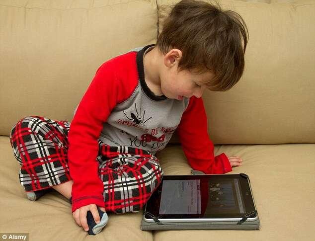 Governo de Taiwan proíbe que crianças menores de 2 anos usem smartphones, tables e TVs