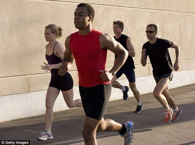 Acordar cedo para se exercitar não é ideal, diz pesquisa