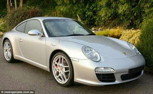 Esposa traída se vinga do marido colocando Porsche à venda por R$ 50.000