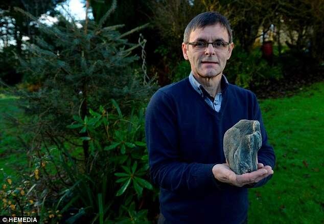 Inglês encontra pedra com a imagem do Cristo Redentor presente no Rio de Janeiro