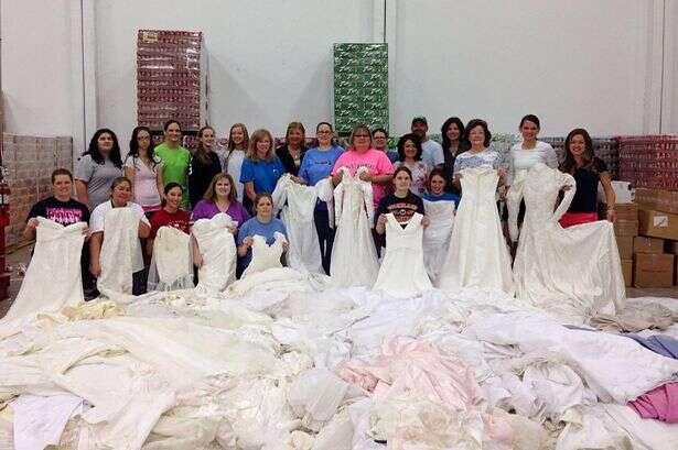 Doação vestido de noivas para enterros de bebês