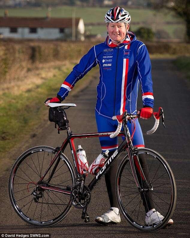 Homem desenvolve amor pelo ciclismo após receber transplante de coração de ciclista