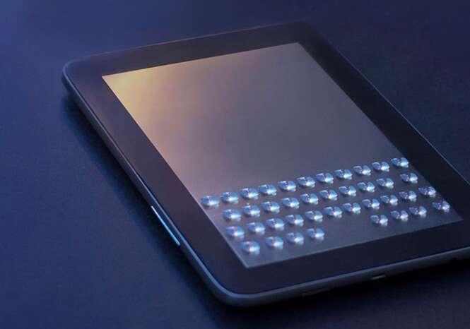 Empresa cria case que insere botões físicos de teclado na tela do iPad