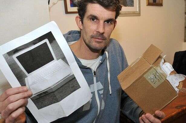 Homem compra notebook pela internet e recebe apenas foto do produto