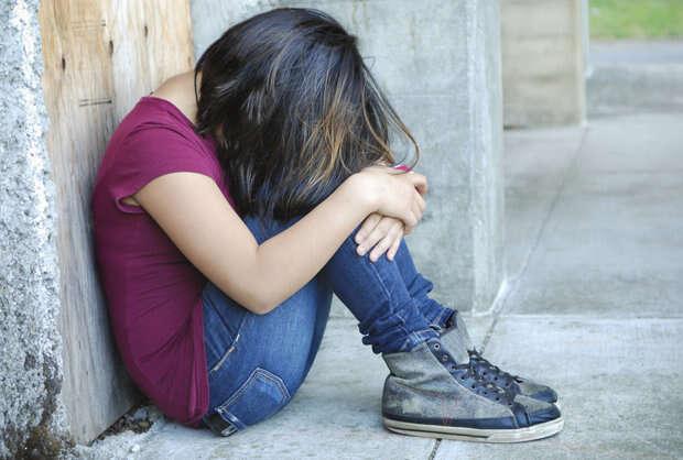 Menina de 11 anos é presa sob acusação de crimes sexuais