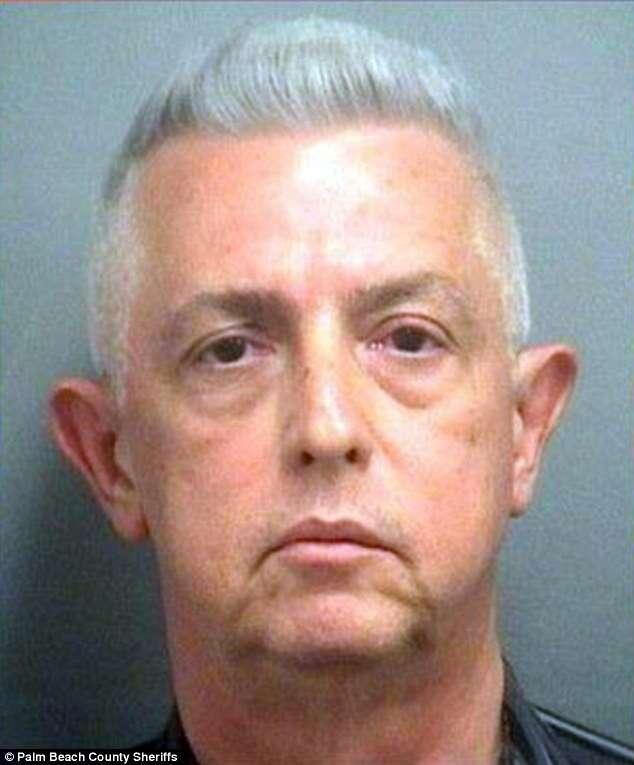 Homem é preso após ser flagrado por esposa tendo relação íntima com cadela