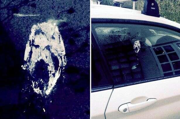Fezes de pássaro formam imagem de Jesus no vidro de carro
