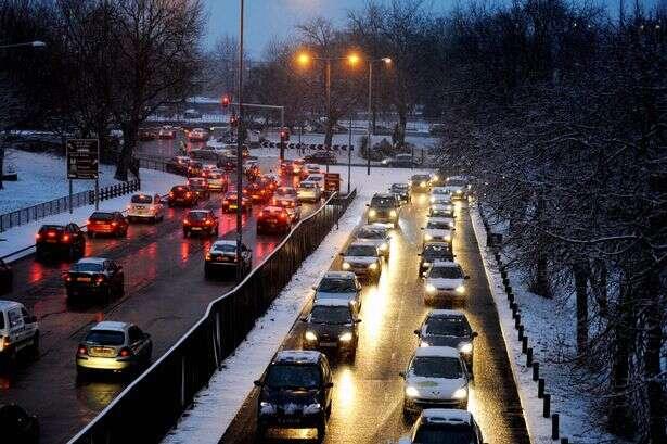 Pesquisa garante que parar no semáforo é prejudicial à saúde