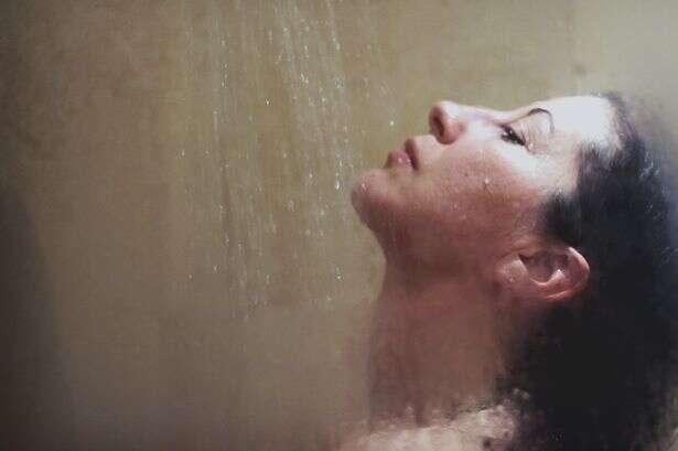 4 de cada 5 mulheres britânicas não tomam banho todos os dias, diz estudo
