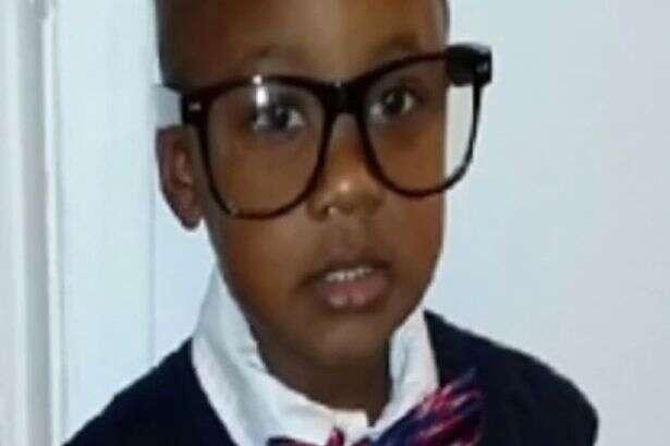 Menino morre após atirar em si próprio ao encontrar arma na casa de sua babá