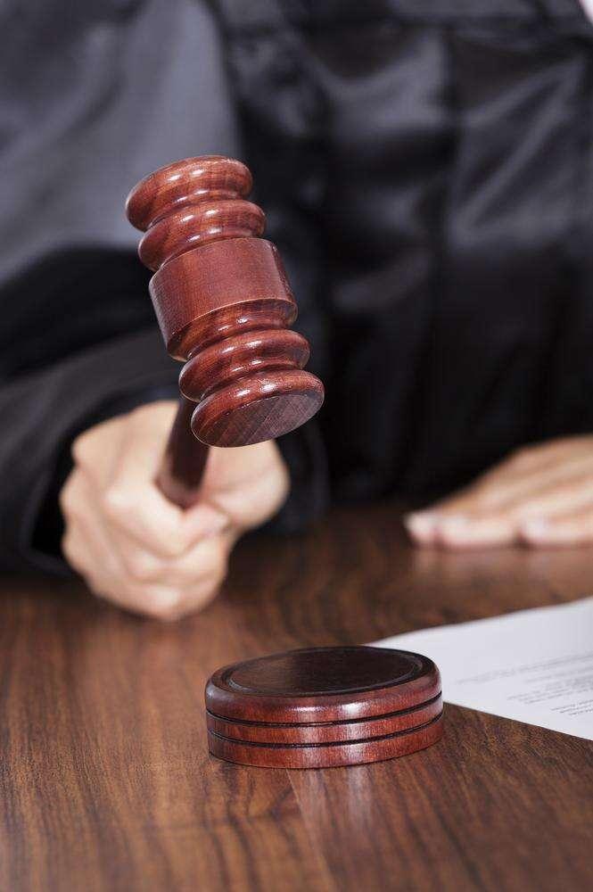 Advogado cristão propõem projeto de lei que torna legal assassinar homossexuais