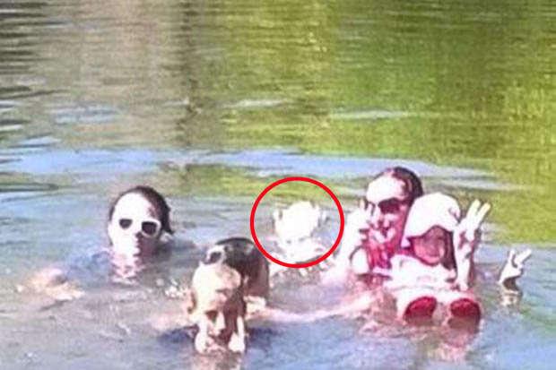 Fantasma aparece em foto de família 100 anos depois de menina morrer no mesmo rio