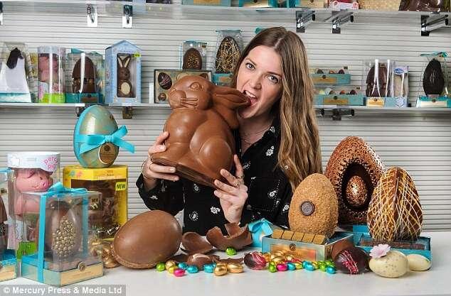 Conheça a mulher que come 130 barras de chocolate por semana no trabalho