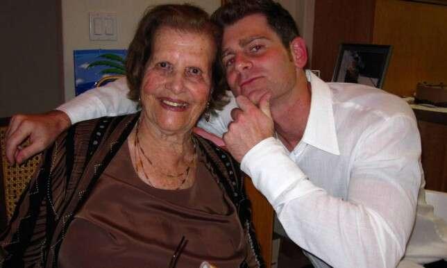 Homem de 32 anos encontra mulher de sua vida, 60 anos mais velha