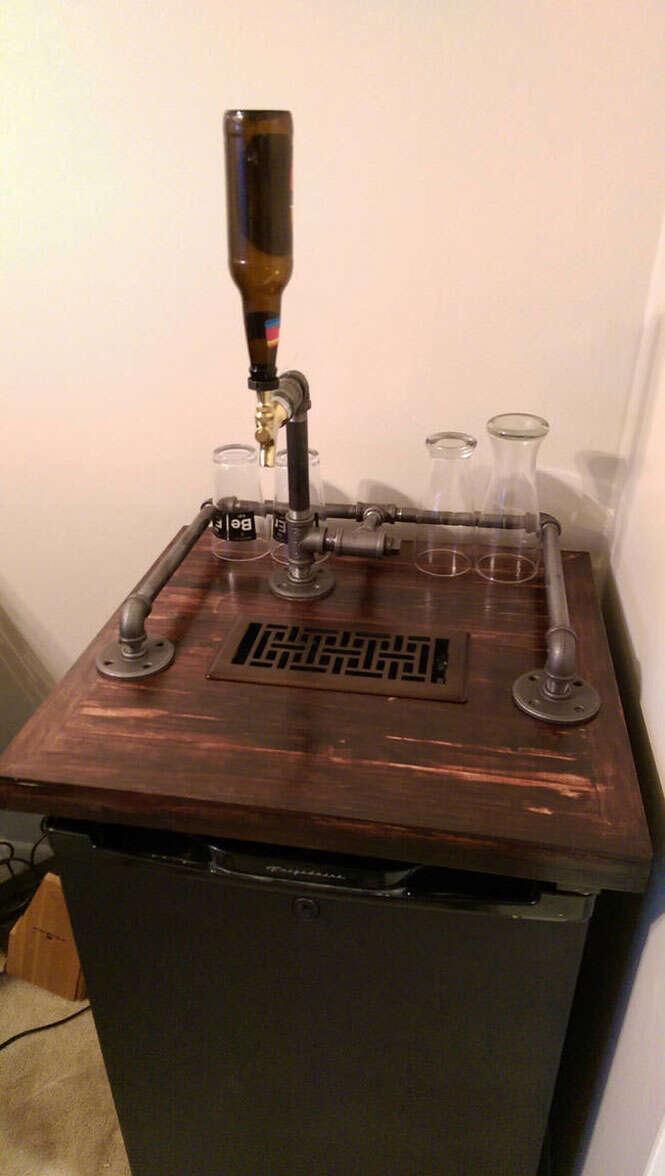 Barril de cerveja em frigobar
