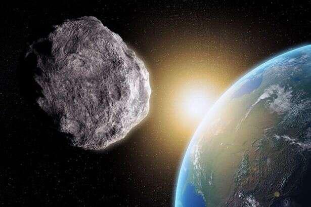 Segundo astrônomo, enorme asteroide que passará pela Terra na próxima sexta-feira representa ameaça real