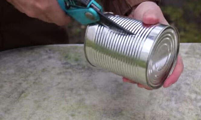 Como criar churrasqueira de mesa com lata de metal