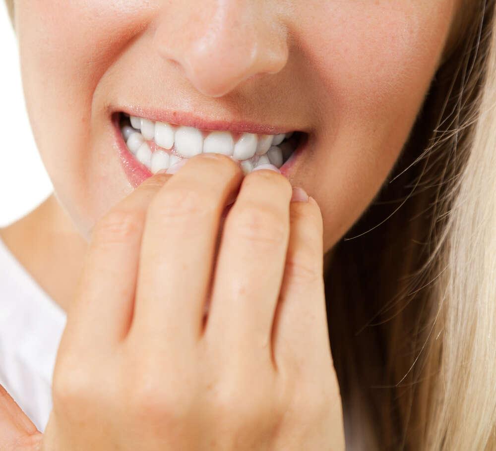 Pessoas que roem as unhas são mais perfeccionistas, diz estudo