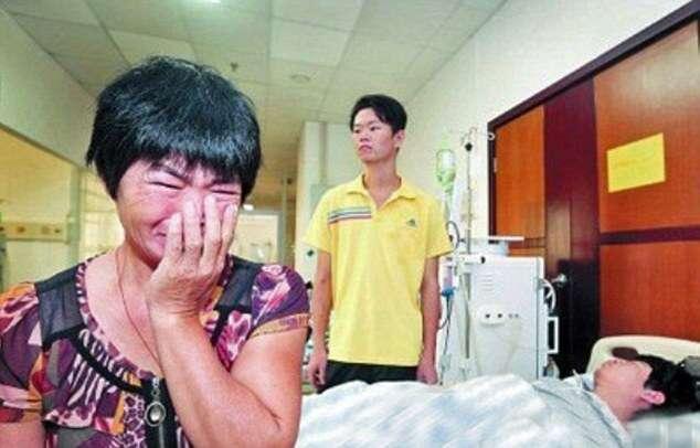 Mãe vive drama para escolher a qual de seus filhos doará seu rim
