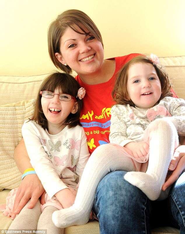 Mãe vive drama com a certeza de que terá que enterrar as duas filhas pequenas