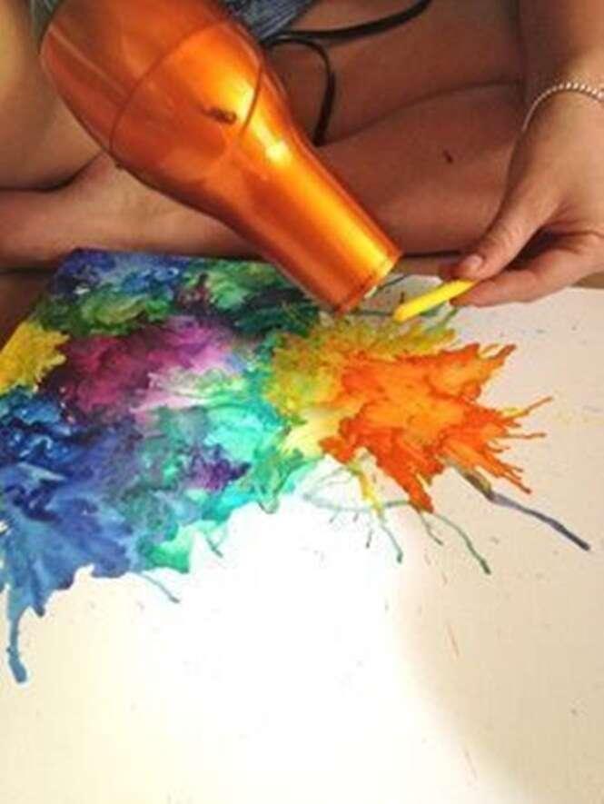Formas de criar arte usando objetos encontrados em sua própria casa