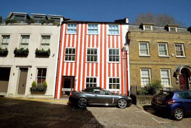 Tom deselegante de pintura em rua de Londres é mal visto pelos vizinhos