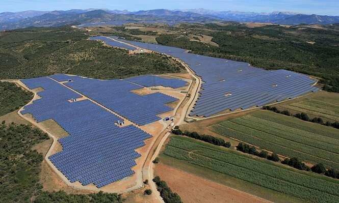Brasil necessita aprender com a França como gerar energia solar