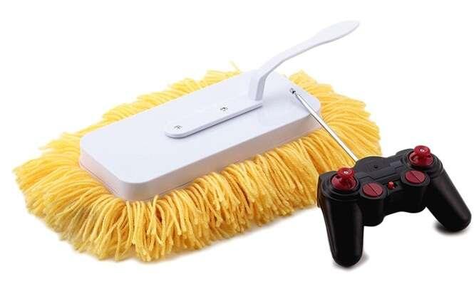 Esfregão à pilhas que promete limpar a casa para você