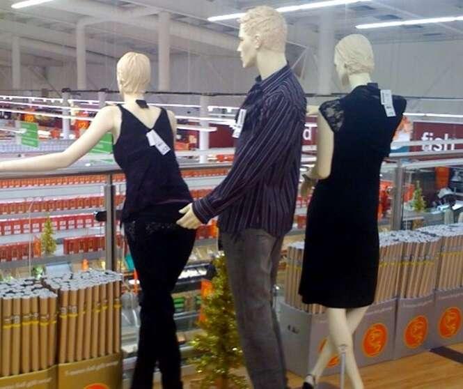 Imagens de manequins em posições inadequadas
