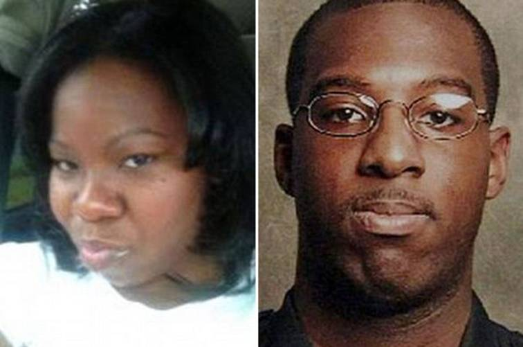 Mulher é acusada de assassinato após afirmar que cão de estimação matou seu namorado