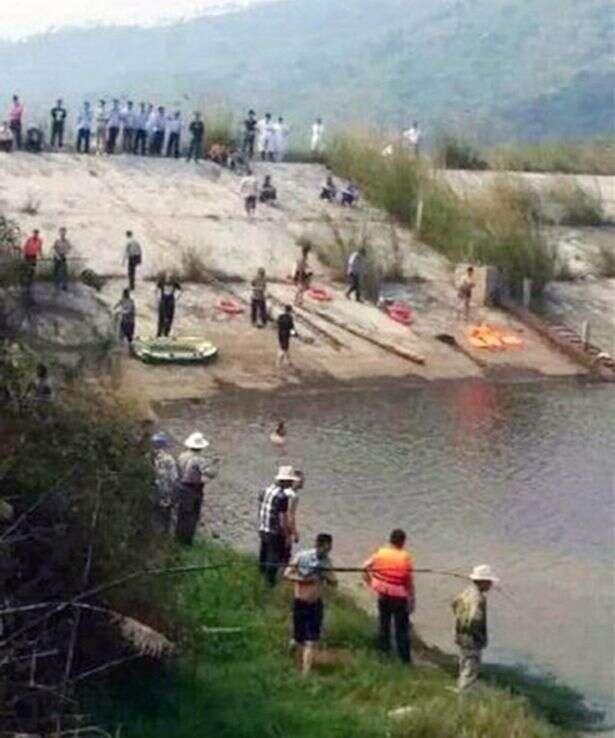 Seis membros de uma família tentam fazer corrente humana para salvar parente de afogamento e todos morrem
