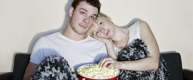 Assistir filmes com parceiro faz relacionamento durar mais
