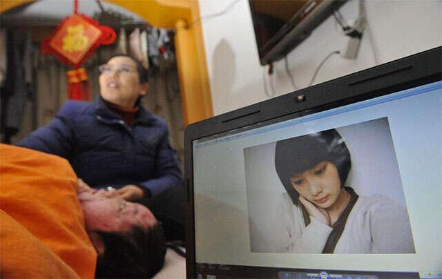 Mulher ganha quase 300 mil como compensação após jovem desfigura-la por ter sido rejeitado