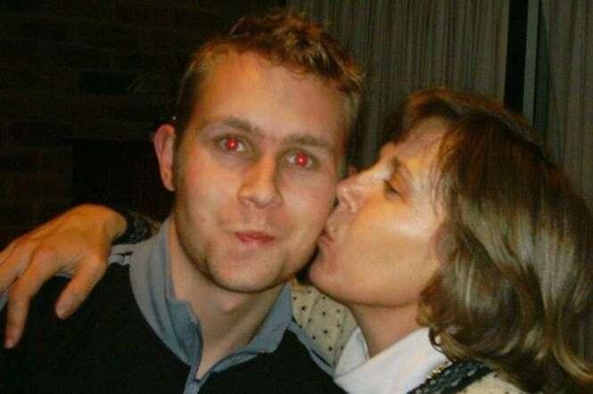 Filho publica série de 11 imagens da mãe durante batalha contra demência